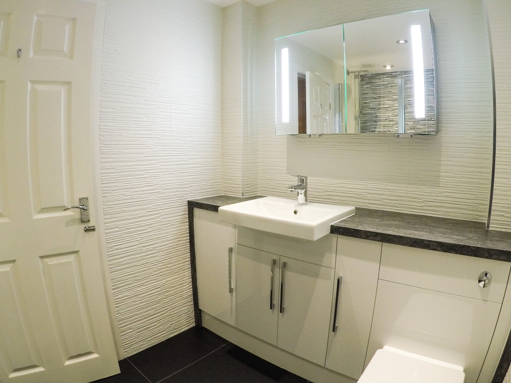 bathroom fitter cheshire, holmes chapel,