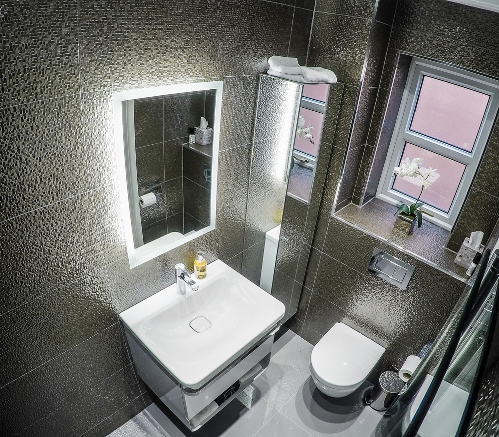 Small Wet Room Bathroom Design Ideas ~ Boutique wetroom small ideas cheshire tiling
